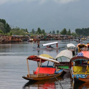 Kashmir 5 Days 4 Nights
